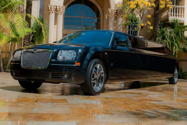 Prom & Homecoming Party Bus in Toledo